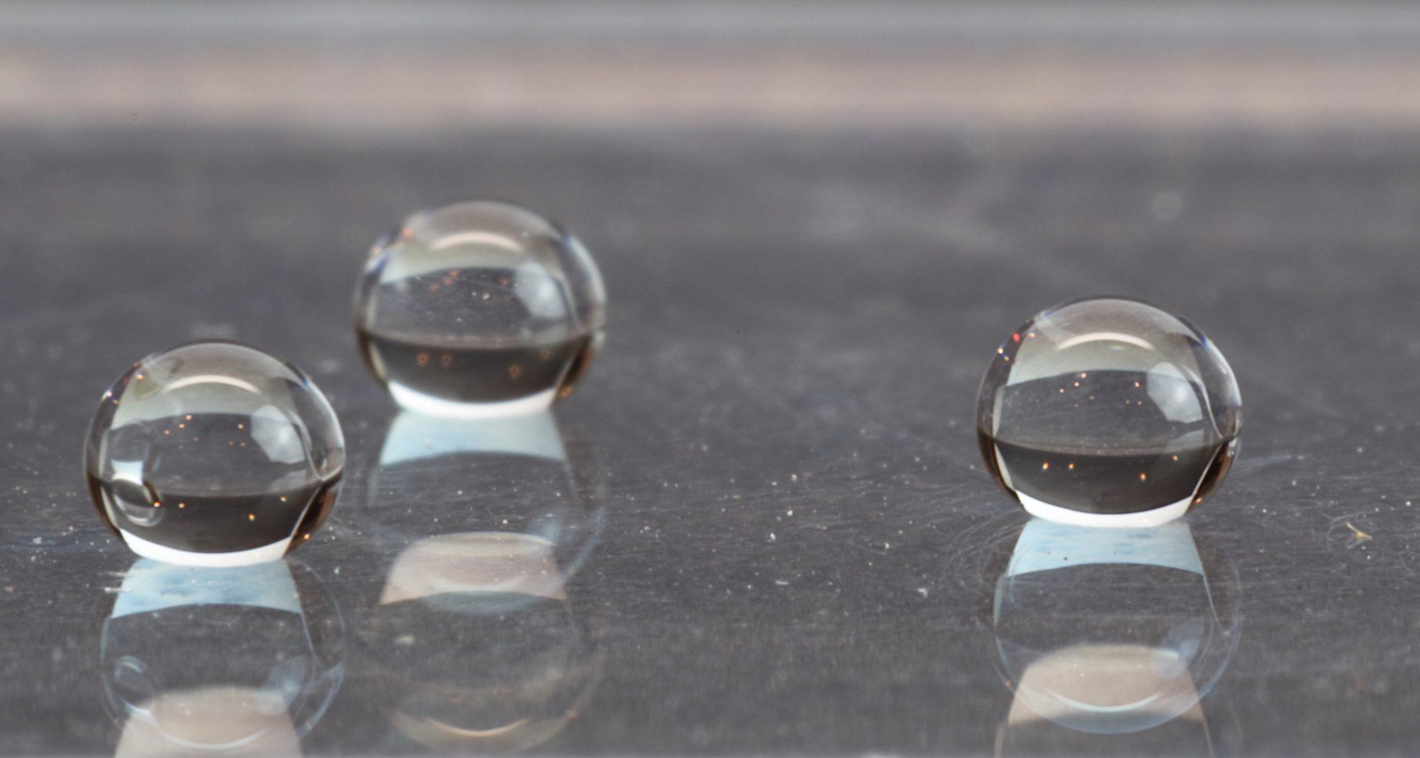AeroPel icephobic coating water droplets